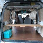 軽バンのフラットな床の作り方と登山マットの活用