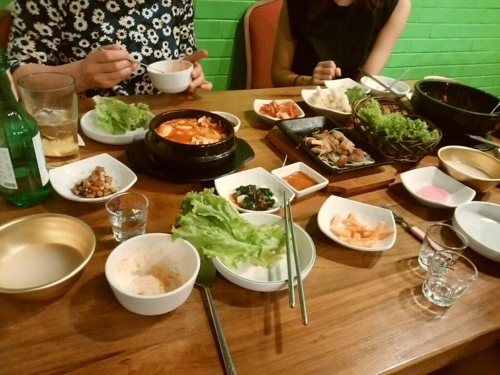 タイの韓国料理店
