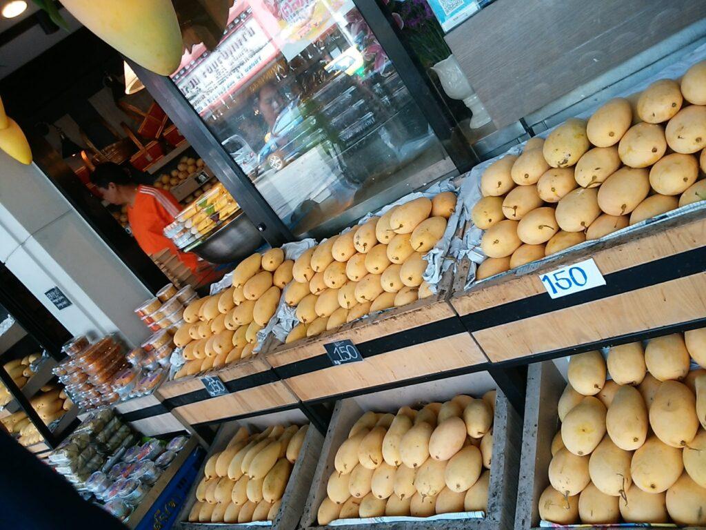 バンコク市内 マンゴー専門店