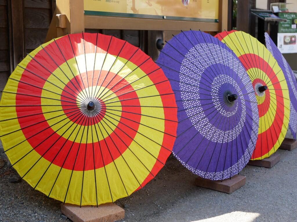 茶室入口の和傘