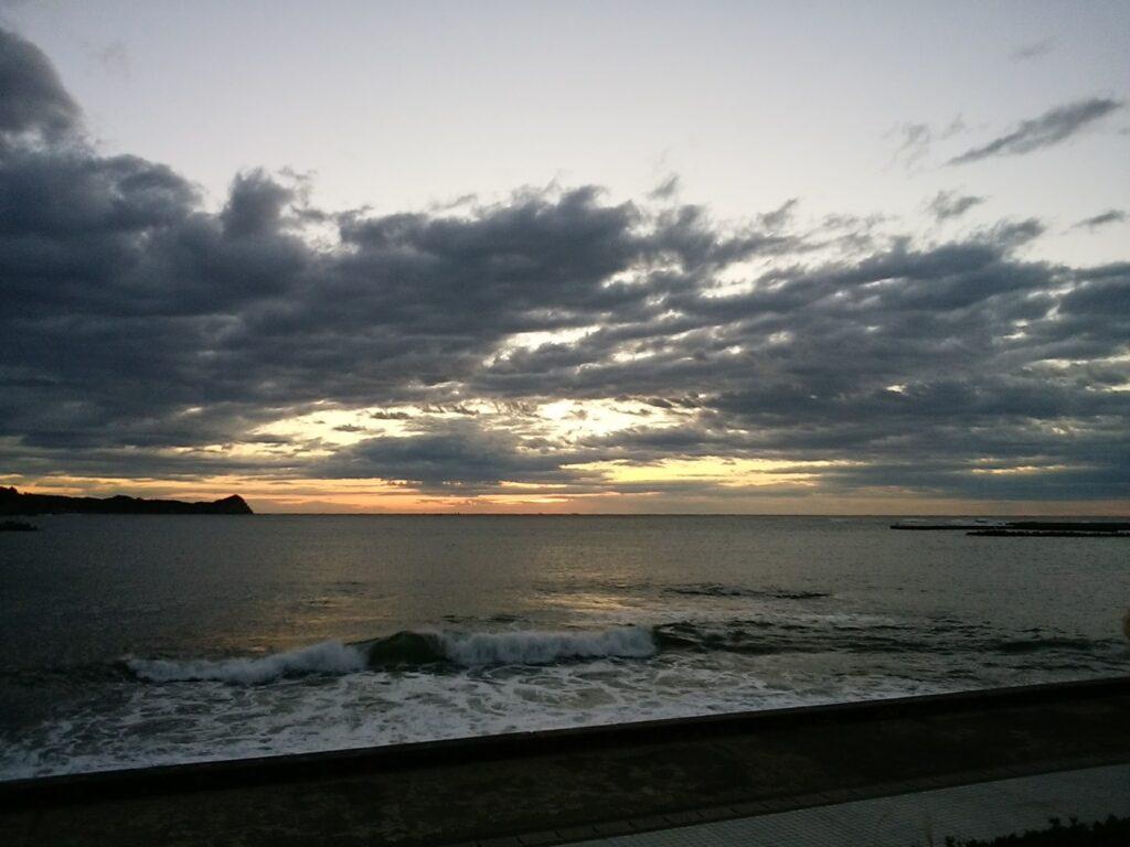 南房総の朝の海 潮風がきもちいい