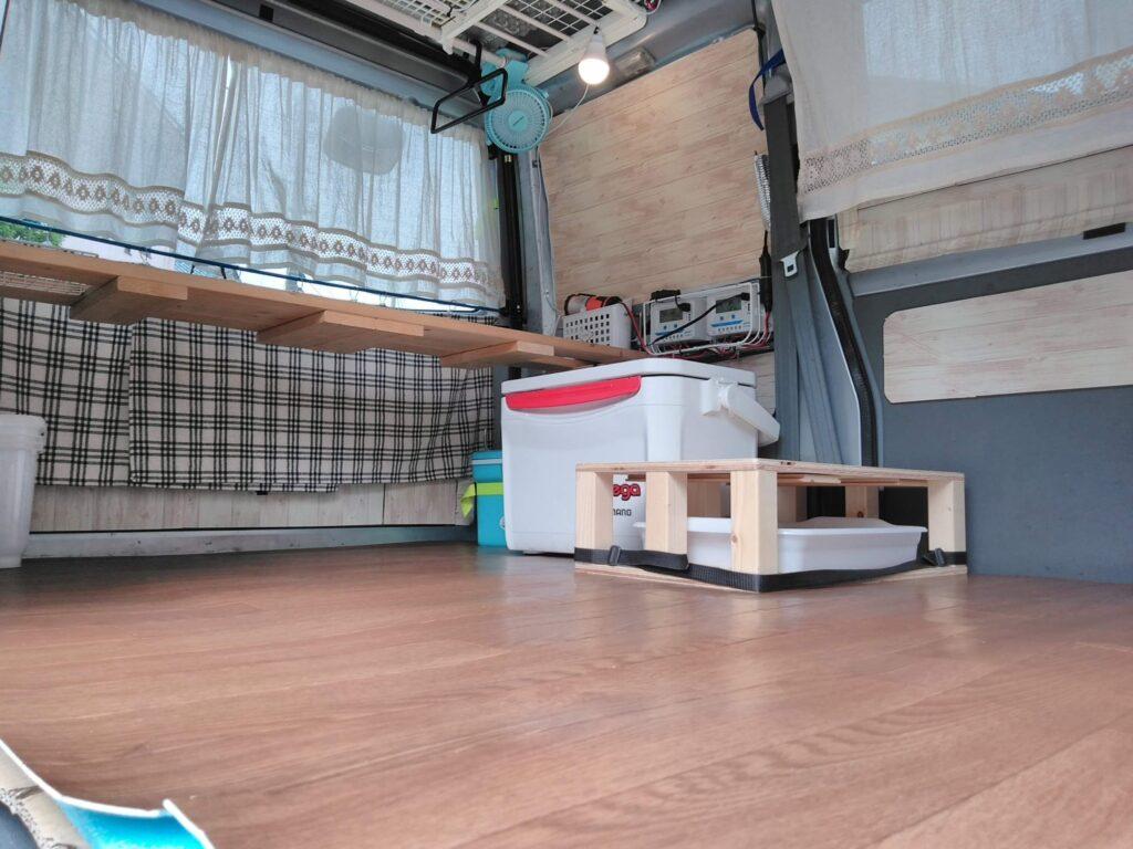 床下収納は作らずに、天井高を目いっぱい高くとると、ゆったりした空間になります。